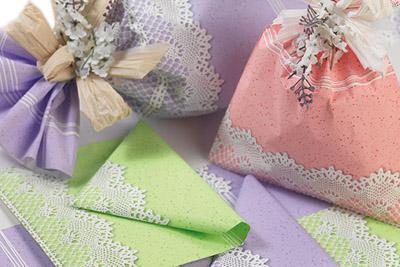 Materiale per confezioni regalo